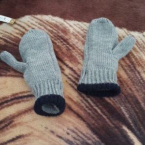 Other - Toddler gloves